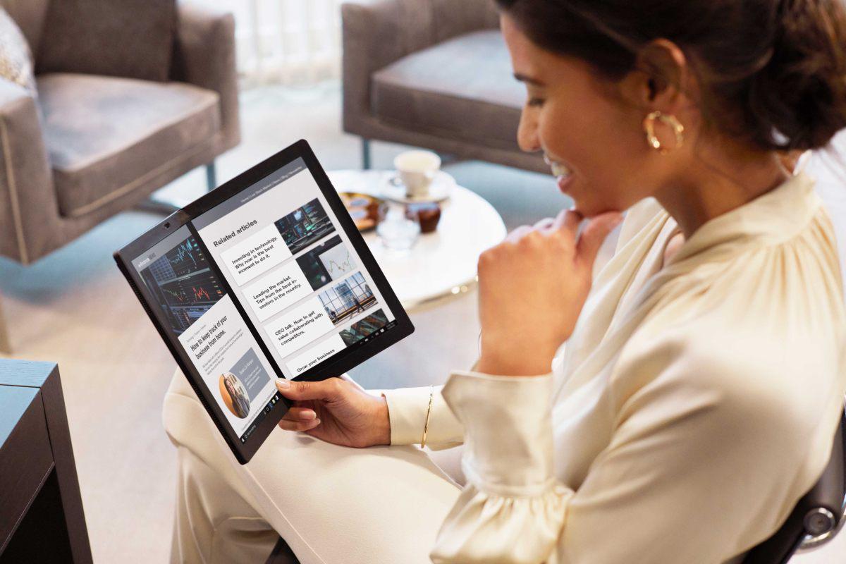 Lenovo X1 Fold: El portatil plegable revolucionario llega a Perú
